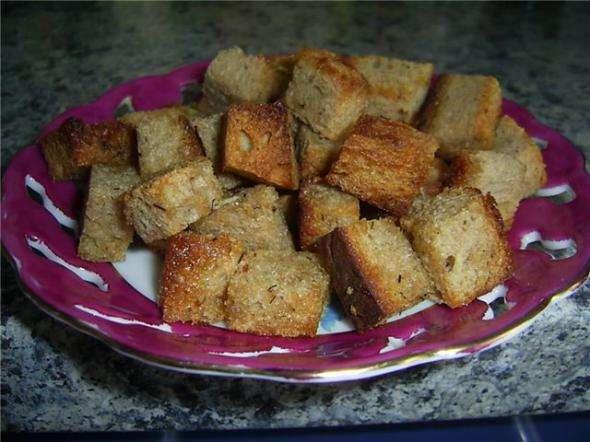 Как в духовке сделать сухари из черного хлеба